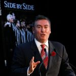 Collingwood, Eddie McGuire, Side By Side